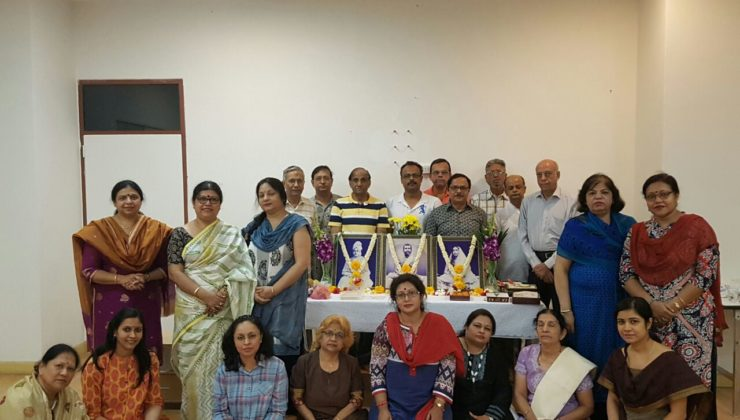 April Satsang Group Photo